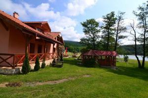 Apartmany u Janka Vinné Jazero, Guest houses  Vinné - big - 35