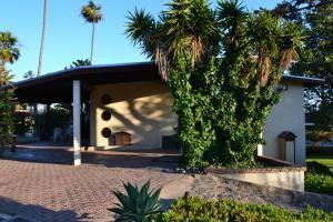 Hotel Quintas Papagayo, Hotels  Ensenada - big - 59