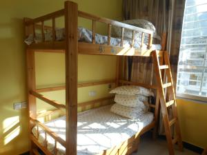 Yangshuo Travellers Land Youth Hostel, Хостелы  Яншо - big - 6