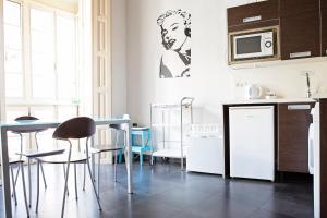 Suncity Loft Especerías 2, Apartments  Málaga - big - 22