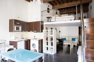 Suncity Loft Especerías 2, Ferienwohnungen  Málaga - big - 13