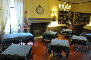 Il Cortegiano, Bed & Breakfasts  Urbino - big - 22