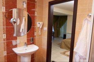MDK Hotel, Hotel  San Pietroburgo - big - 22