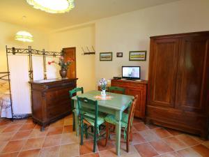 Il Crocino Di Lecchi Verde, Apartmány  San Sano - big - 11