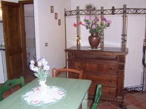 Il Crocino Di Lecchi Verde, Apartmány  San Sano - big - 10