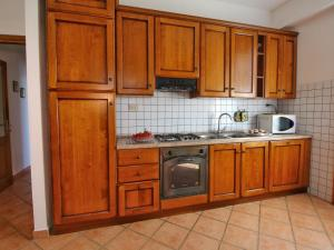 Il Crocino Di Lecchi Torre, Holiday homes  San Sano - big - 9