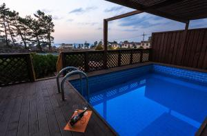 White dream Pension, Hostely  Jeju - big - 6