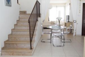 Sand Beach Villa, Holiday homes  Voroklini - big - 34