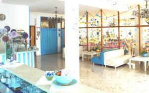 Hotel Lux, Hotely  Cesenatico - big - 102
