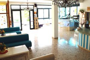 Hotel Lux, Hotely  Cesenatico - big - 104
