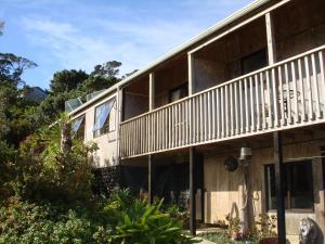 Manuka Lodge, Lodges  Tryphena - big - 12