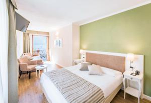 Hotel Garni Corona, Отели  Менаджо - big - 3