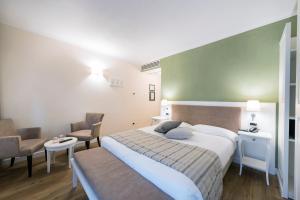 Hotel Garni Corona, Отели  Менаджо - big - 2