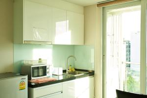 The Mayfair @ Sukhumvit 64, Апартаменты  Бангкок - big - 8