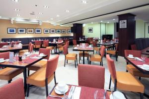 Microtel by Wyndham Mall of Asia, Hotely  Manila - big - 45