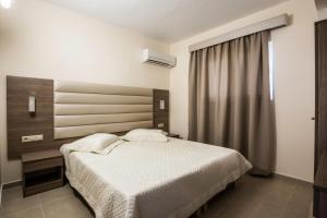 Lyristis Studios & Apartments, Апарт-отели  Фалираки - big - 16