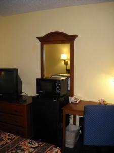 Ashburn Inn - Ashburn, Hotels  Ashburn - big - 17