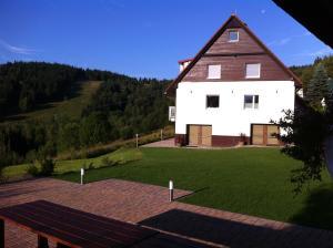 Villa Maximus, Дома для отпуска  Яхимов - big - 15