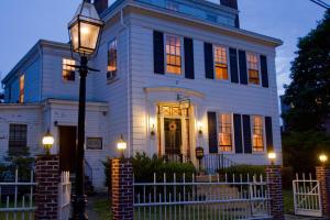 Historic Hill Inn, Bed & Breakfast  Newport - big - 39