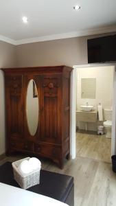 Aerotropolis Guest Lodge, Penziony  Kempton Park - big - 13
