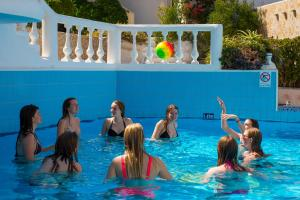 Korifi Suites Collection (Adults Only), Hotely  Hersonissos - big - 28