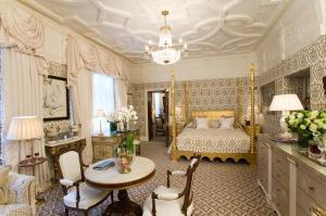 Grand Master Suite