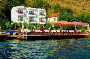 Dinc Hotel