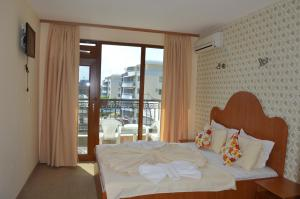 Hotel Deykin, Hotels  Sonnenstrand - big - 20