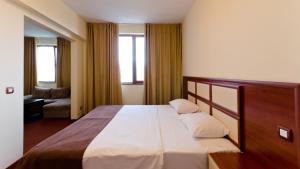 Nadejda Hotel, Hotels  Sofia - big - 12