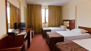 Nadejda Hotel, Hotels  Sofia - big - 57
