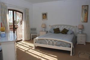 Villa Boutique Rentals - Algarve, Vily  Almancil - big - 3