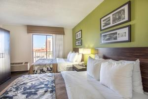 Standard Room with Two Double Beds and Boulevard View - Non-Smoking