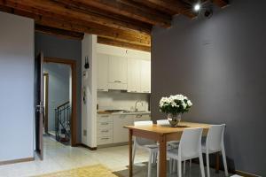 L'Ospite Appartamenti, Apartmanok  Verona - big - 21