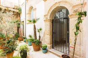 Casa Levante, Apartments  Siracusa - big - 11