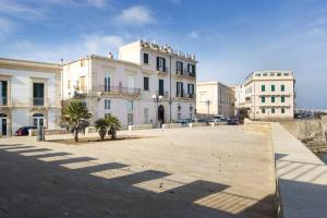 Casa Levante, Apartments  Siracusa - big - 10