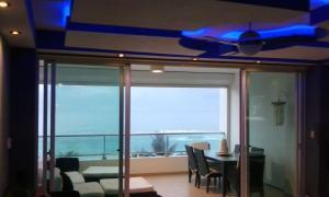 Marbella suit beach, Апартаменты  Хуан-Долио - big - 3