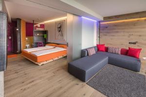 Ambienthotel PrimaLuna, Hotely  Malcesine - big - 40