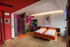 Ambienthotel PrimaLuna, Hotely  Malcesine - big - 47