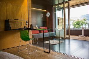 Ambienthotel PrimaLuna, Hotely  Malcesine - big - 61