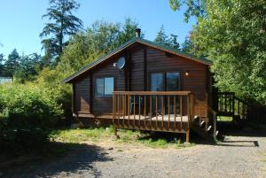 La Conner Camping Resort Beach Cabin 4