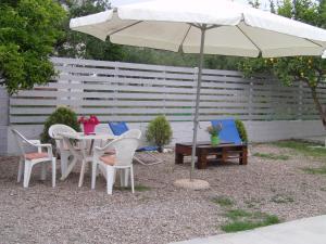 Helen's Cottage, Case vacanze  Petrokhorion - big - 17