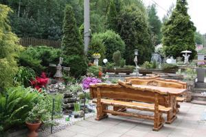 Villa Anastazis - Penzion Eden, Guest houses  Karlovy Vary - big - 73