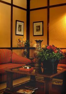 Hotel Manolo Mayo, Hotely  Los Palacios y Villafranca - big - 15