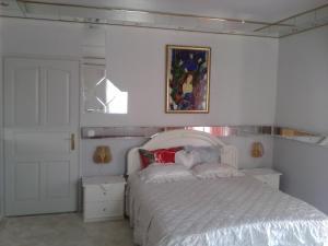 Kristály Apartman, Bed and Breakfasts  Hévíz - big - 16