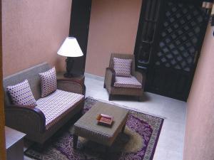 Hotel Manolo Mayo, Hotely  Los Palacios y Villafranca - big - 20
