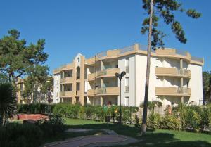 Villaggio Lido Del Sole, Apartmanhotelek  Bibione - big - 17