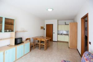 Villaggio Lido Del Sole, Apartmanhotelek  Bibione - big - 19