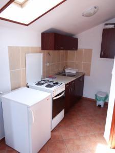 Apartment Ines 2 IR3006, Апартаменты  Раб - big - 5