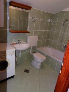 Apartment Ines 2 IR3006, Апартаменты  Раб - big - 7