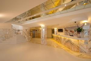 Iberostar Ciudad Blanca, Hotel  Port d'Alcudia - big - 40
